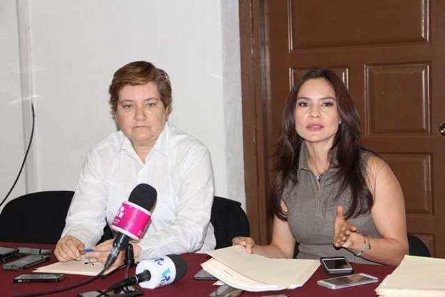Nalleli-Pedraza-Huerta-y-Eloisa-Berber