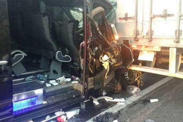 accidente-autobus-y-trailer
