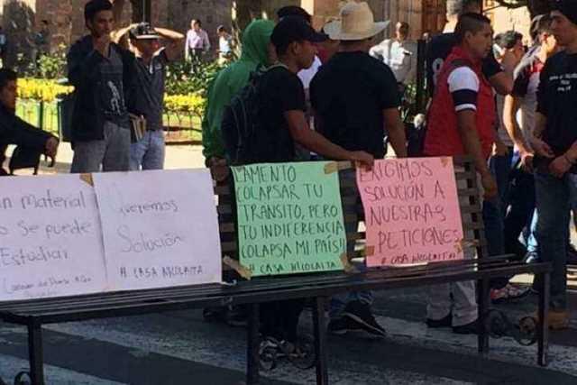moradores-bloqueo-Madero