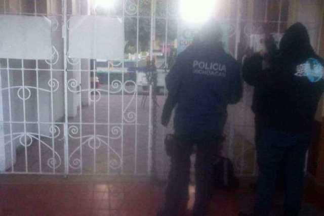 toma-alcaldia-policias-Tocumbo