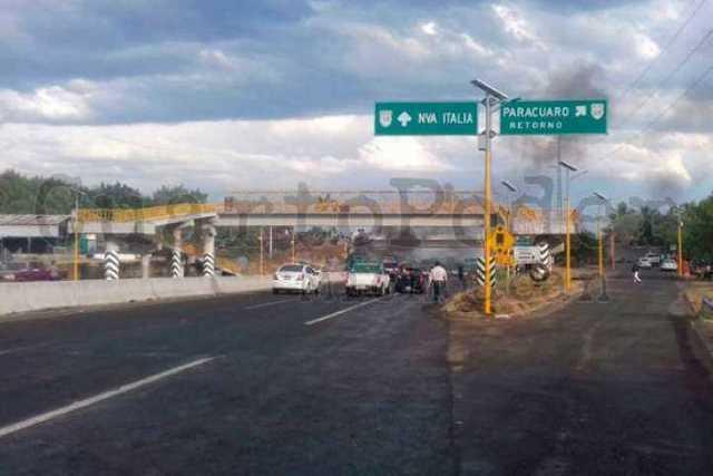 narcobloqueos-Michoacan-5