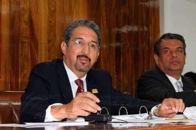 rector-Medardo-Serna-Gonzalez-UMSNH