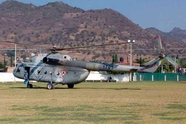 helicoptero-militar-contra-incendios-3