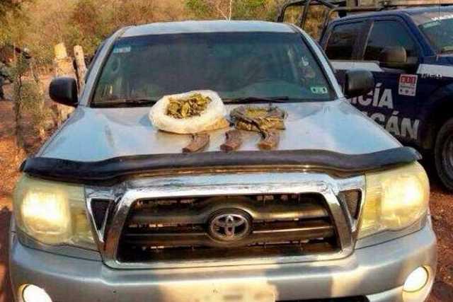 vehiculo-armas-droga-decomisada-Churumuco