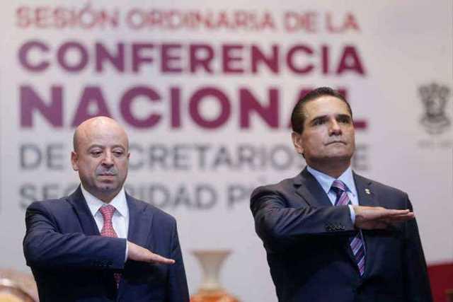 Renato-Sales-Heredia-y-Silvano-Aureoles-Conejo