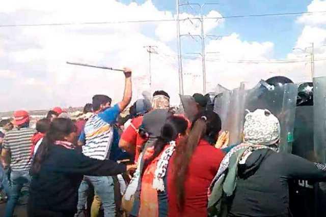 enfrentamiento-normalistas-Tiripetio-Aguascalientes
