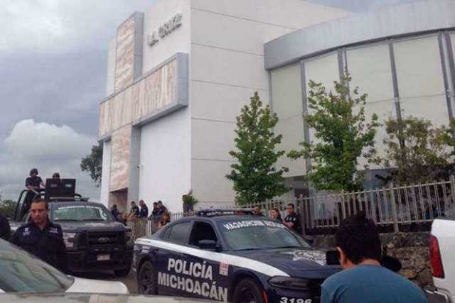 Funeral-de-Rogelio-Arredondo-un-bunker-policial