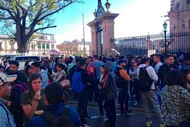 protesta-Palacio-de-Gobierno-2