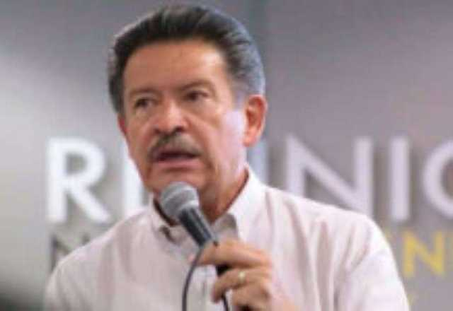 Carlos Navarrete Ruiz