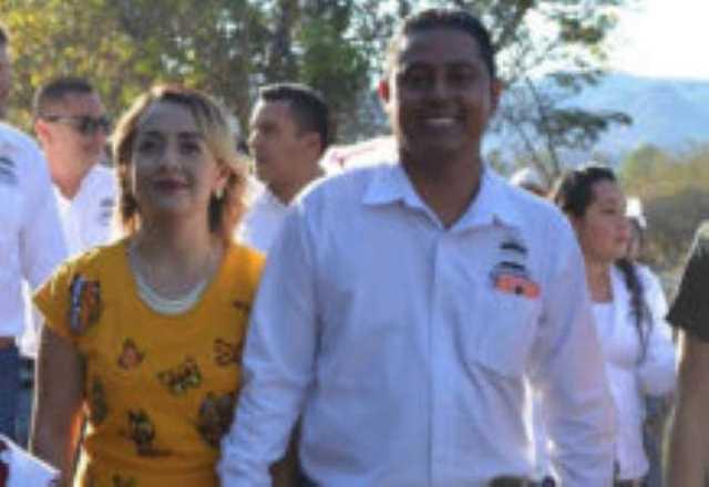 Alejandro Chavez Zavala y esposa Mari Dimas