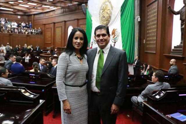 Lucila Manriquez y Ernesto Nuñez – CuartoPoder Michoacán