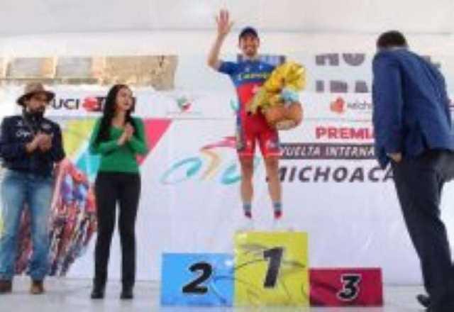 Román Villalobos Vuelta Internacional Ciclista