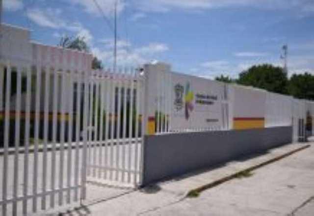 Centro de Salud Indaparapeo