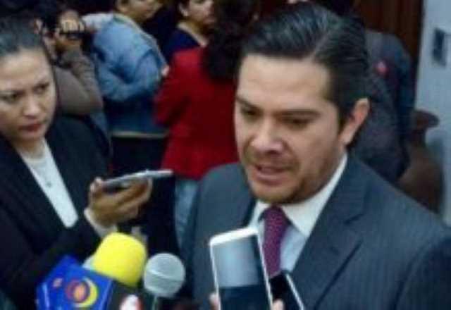8 Eduardo Orihuela