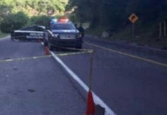 homicidio Policia Michoacan patrullas