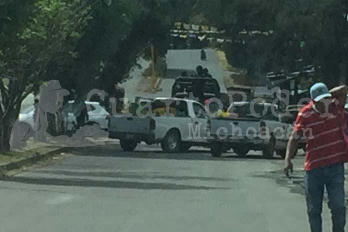 Michoacán: comuneros retienen 5 patrullas